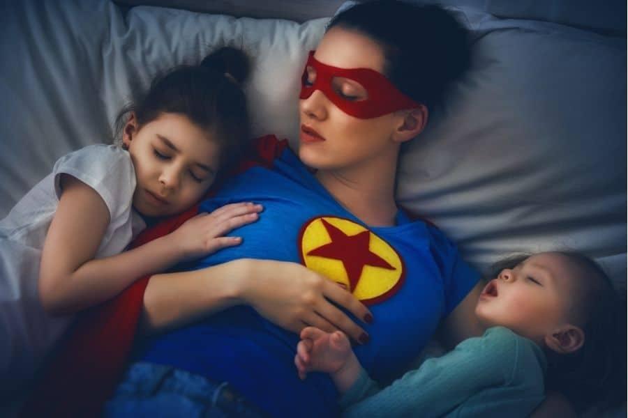 Beskyddande mamma